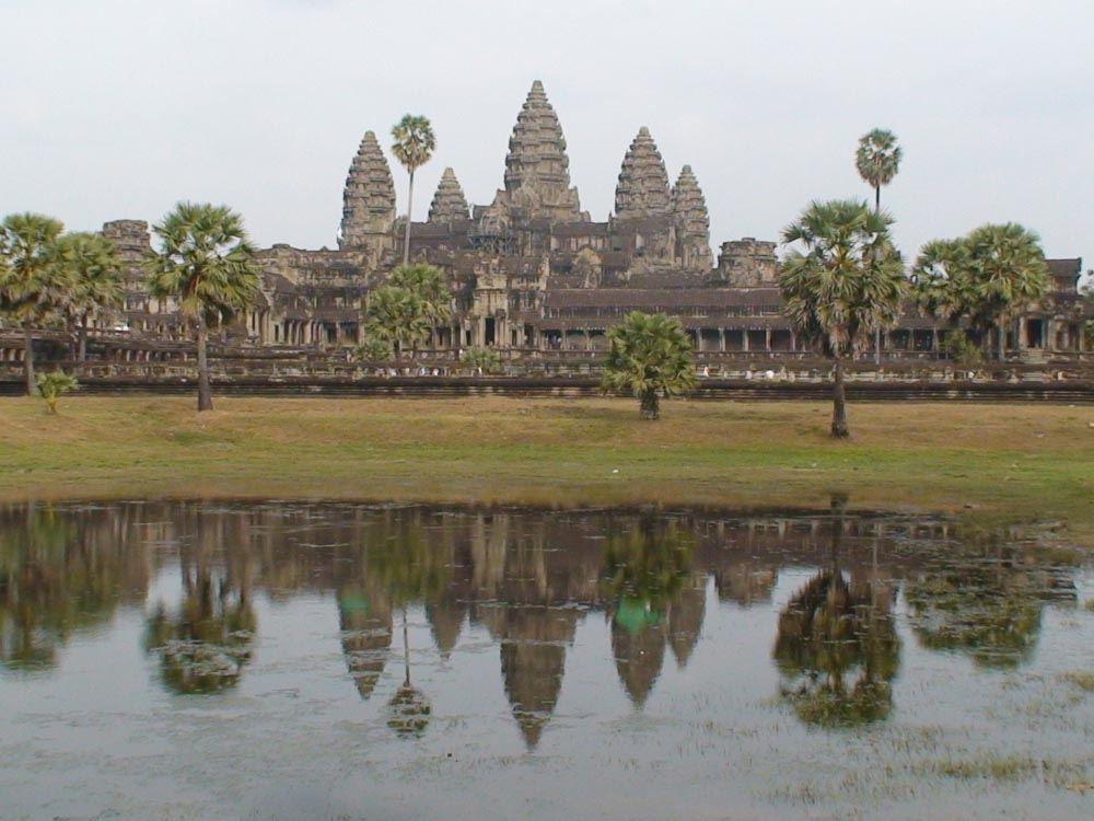 Angkor wat for Graskarpfen im koiteich